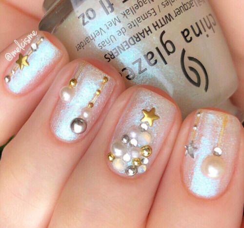 Christmas-3d-Nail-Art-2020-Classy-Christmas-Nails-10