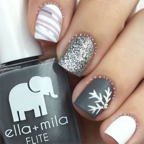 Easy-Christmas-Nails-Art-Designs-2020-Xmas-Nails-13
