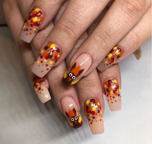 Easy-Simple-Thanksgiving-Nail-Art-2020-3