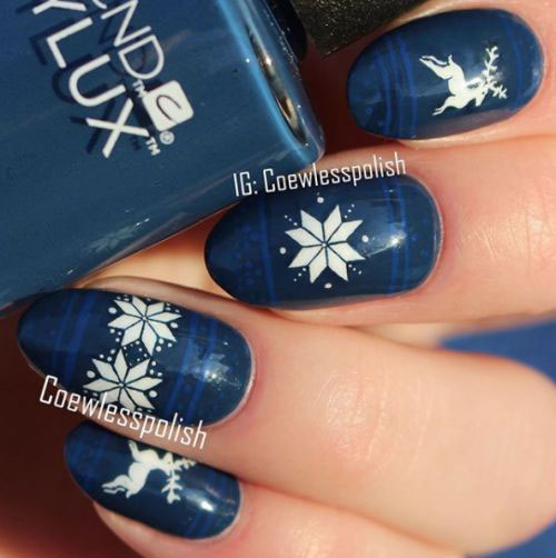 Ugly-Christmas-Sweater-Nail-Art-Designs-2020-December-Nails-13