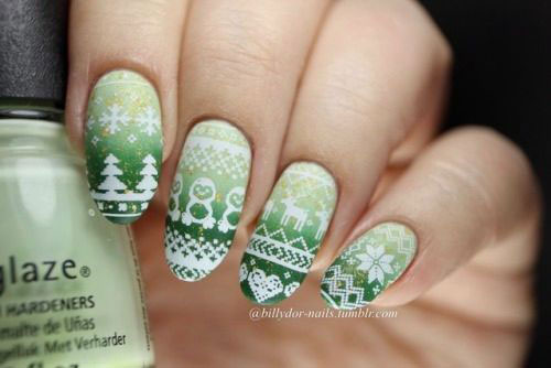 Ugly-Christmas-Sweater-Nail-Art-Designs-2020-December-Nails-7