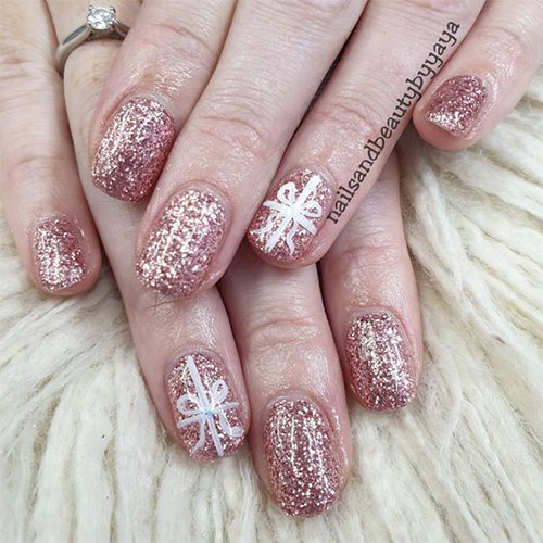 Christmas-Glitter-Nail-Art-2020-Holidays-Nails-2