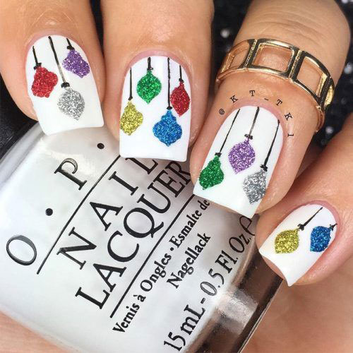 Christmas-Lights-Nail-Art-Designs-2020-Festive-Nails-11