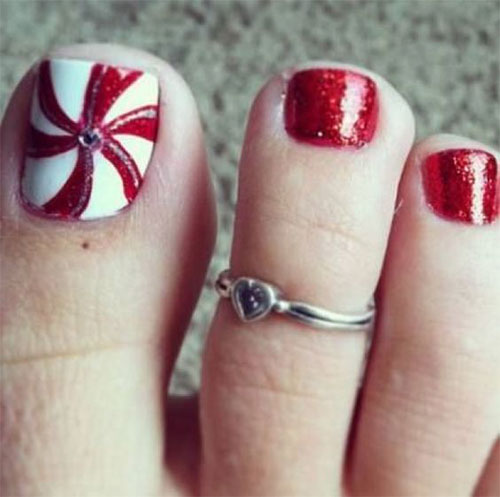 Christmas-Toe-Nail-Art-Designs-2020-Xmas-Nails-13