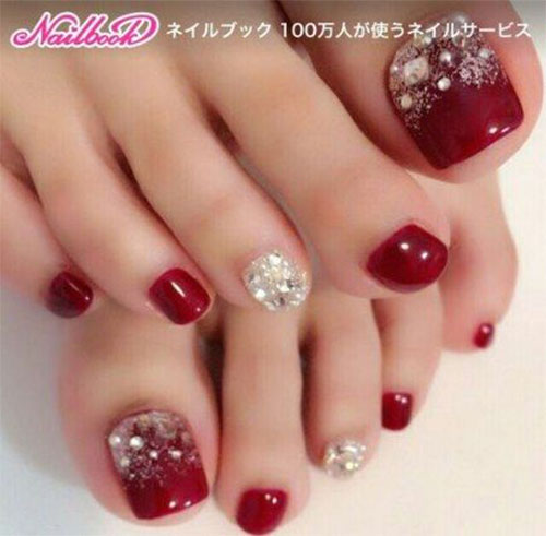 Christmas-Toe-Nail-Art-Designs-2020-Xmas-Nails-3