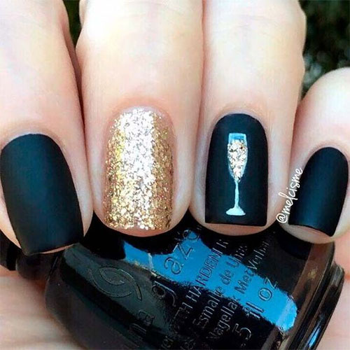 Best-Happy-New-Year-Eve-Nail-Art-Designs-2021-10