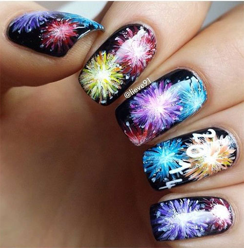 Best-Happy-New-Year-Eve-Nail-Art-Designs-2021-17