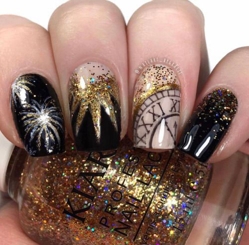 Best-Happy-New-Year-Eve-Nail-Art-Designs-2021-6