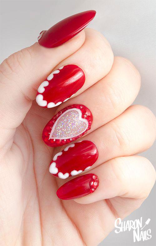 15-Valentine's-Day-Heart-Nail-Art-Designs-2021-15