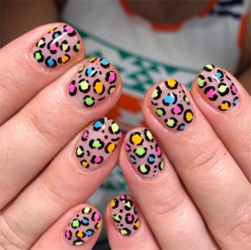 15-Animal-Print-Nail-Art-Trends-2021-Animal-Themed-Nails-4
