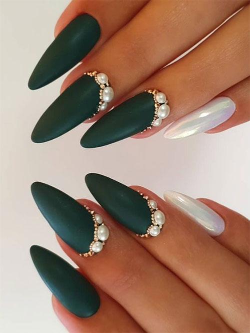 Amazing-Pearls-Nail-Art-Designs-Ideas-2021-7
