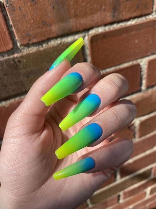 15-Neon-Nail-Art-Designs-To-Try-Out-This-Summer-2021-5
