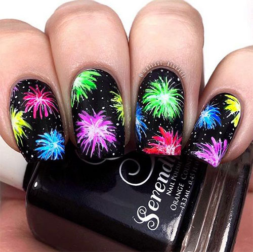 4th-of-July-Fireworks-Nail-Art-Designs-2021-10
