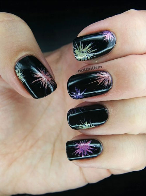 4th-of-July-Fireworks-Nail-Art-Designs-2021-12