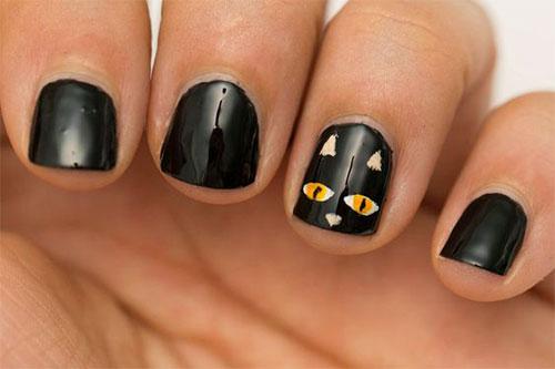 15-Easy-Simple-Halloween-Nail-Art-2021-14