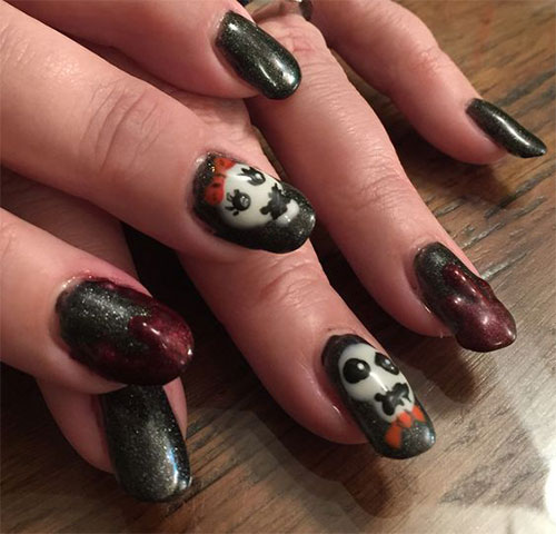 Halloween-Pennywise-Nails-2021-IT-Movie-Nail-Art-15
