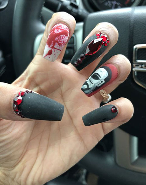 Michael-Myers-Halloween-Nail-Art-2021-Horror-Movie-Villain-Nail-Art-7