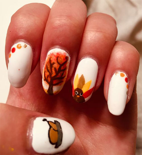 Thanksgiving-Nail-Art-Trends-You-Need-To-Try-This-November-2021-2